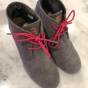 Toms grey wedge booties